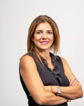 Dra. Sandra de Oliveira - Formadora en Hilos Aptos